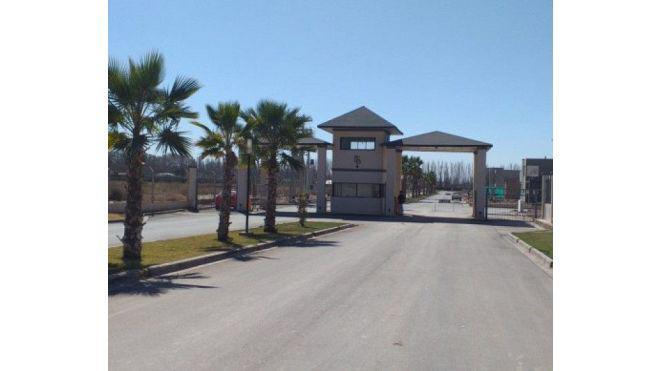 Lote de 500 m2 en barrio privado con o sin casa