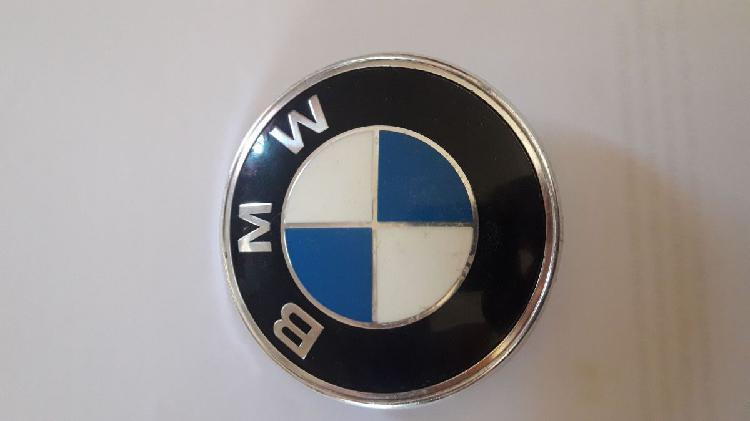 1500 logo bmw capot auto