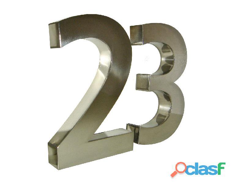 Números de acero inoxidable para casas en Callao Valentín Alsina 7