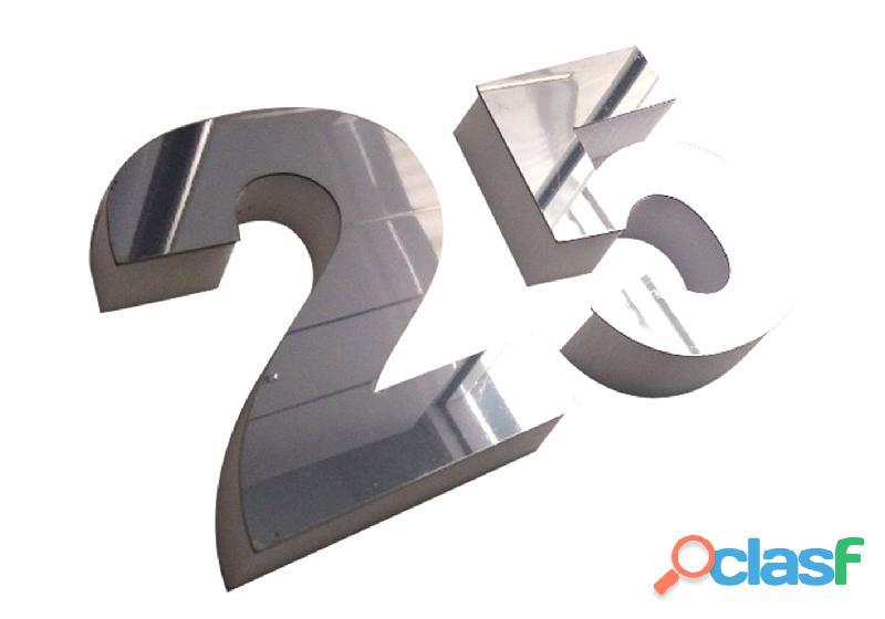 Números de acero inoxidable para casas en Callao Valentín Alsina 9