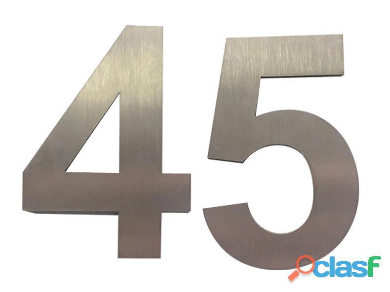 Números de acero inoxidable para casas en Callao Valentín Alsina 15