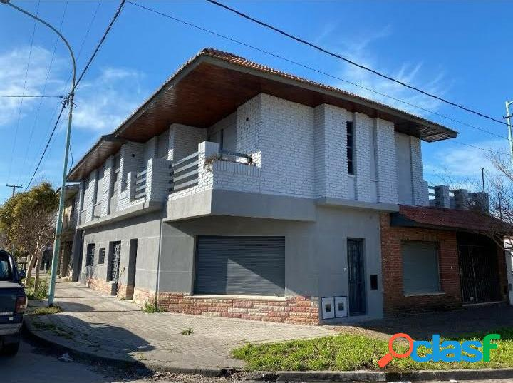 Ph 2 amb en planta baja, al frente. reciclado - zona: barrio bernardino rivadavia
