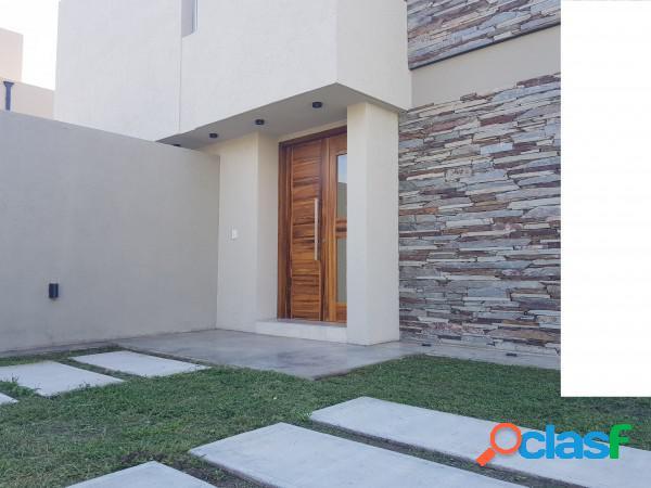 Villa catalina rio ceballos casa a estrenar de tres dormitorios tres baños excelente nivel se recibe canje