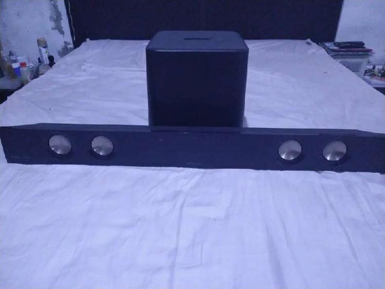 Barra de sonido noblex con usb y subwoofer
