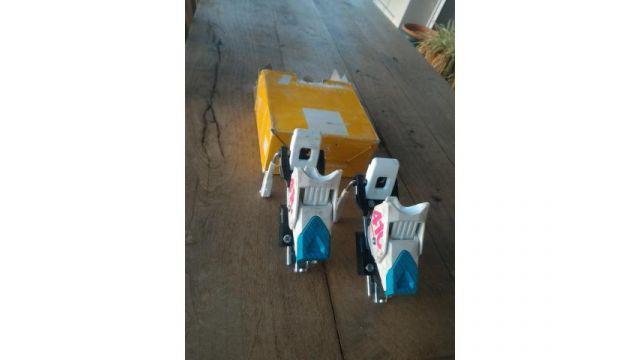 Fijaciones tyrolia modelo 410 junior