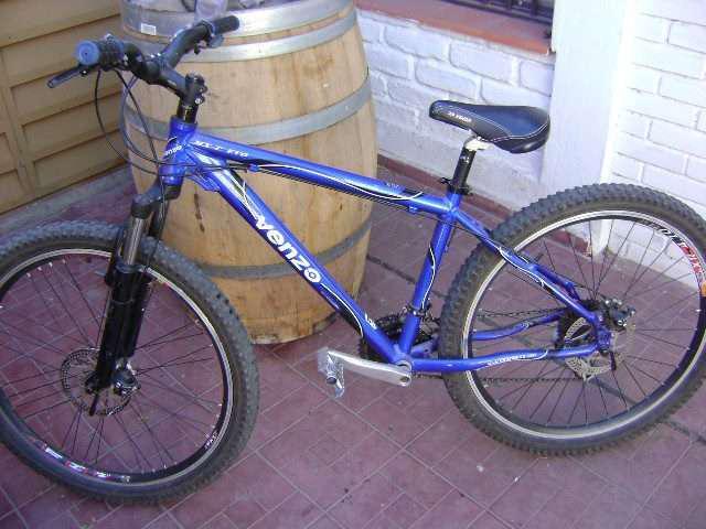 Vendo o permuto bicicleta venzo, cuadro especial, frenos a