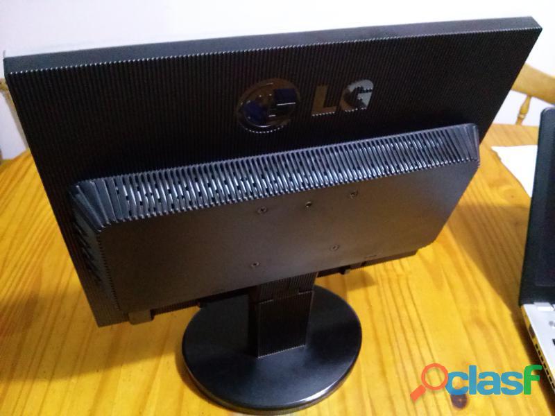 """Vendo monitor LG Flatron 17"""" LCD 1"""