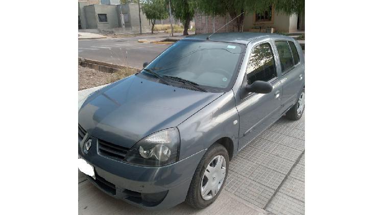 Particular vende Renault Clio II Pack Plus Año 2011