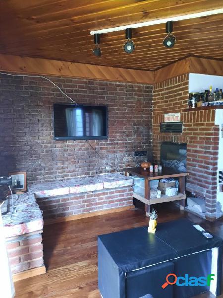 Casa 4 ambientes - casa con garage y patio