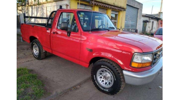 Ford f100 xlt motor mwm diésel turbo impecable