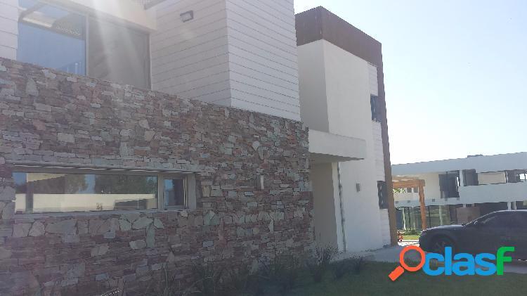 Excepcional casa en Rumencó. Los Alamos 1