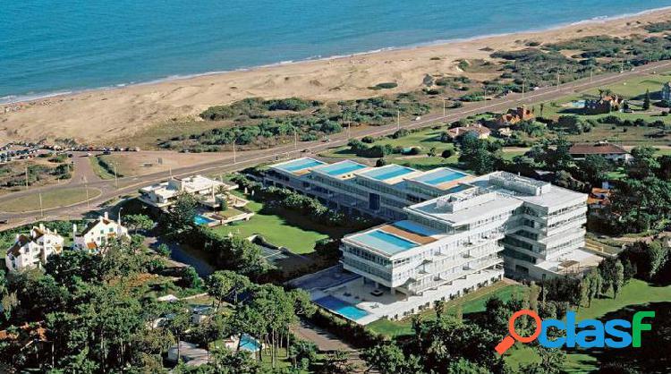 Edificio acqua - playa brava parada 19 - duplex de lujo