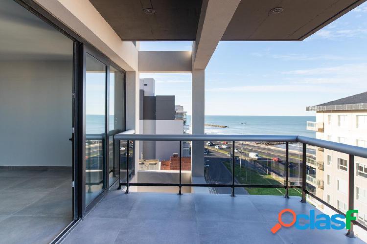 Semipiso de 4 ambientes con balcòn terraza y vista al mar