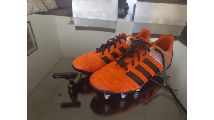 "Botines Adidas ""kakari"" de rugby"