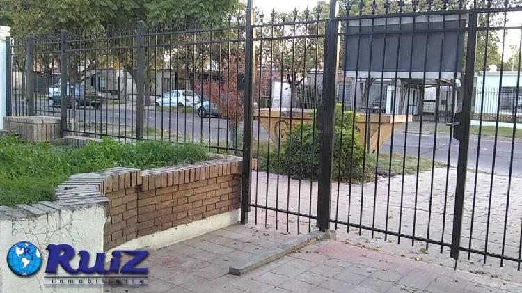 Ruiz inmobiliaria alquila casa