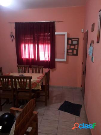 Vendo casa en Bº San Roque a metros Ruta 20 - 4 dor 2 bños 3