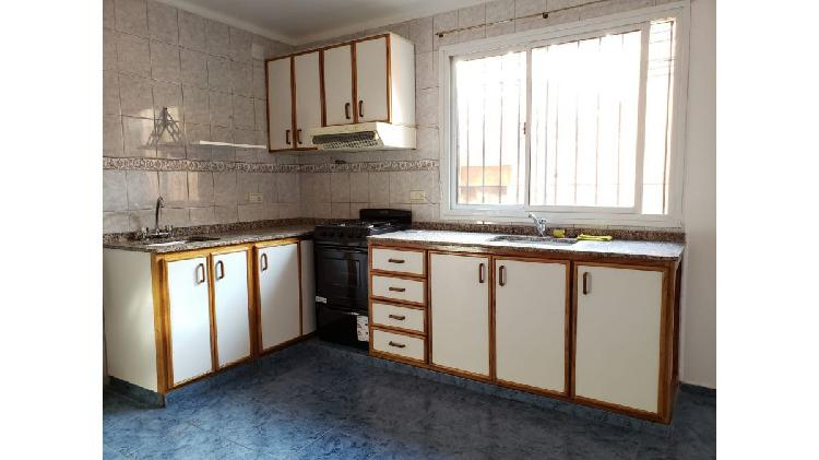 Inmobiliaria zenoff alquila hermoso duplex de 2 dormitorios