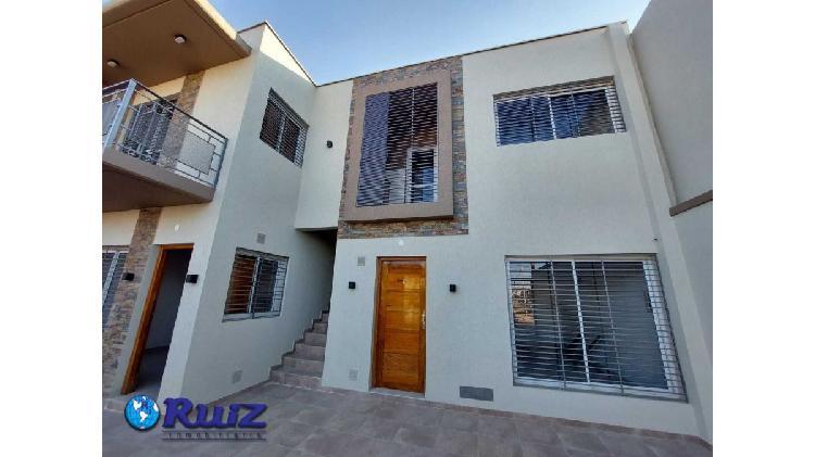 Ruiz inmobiliaria alquila dto a estrenar en barrio chilcani,