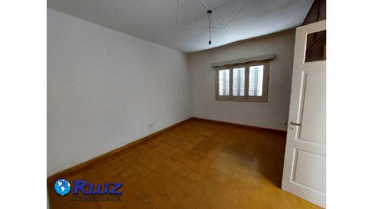 Ruiz inmobiliaria vende casa en san jose, guaymallen,