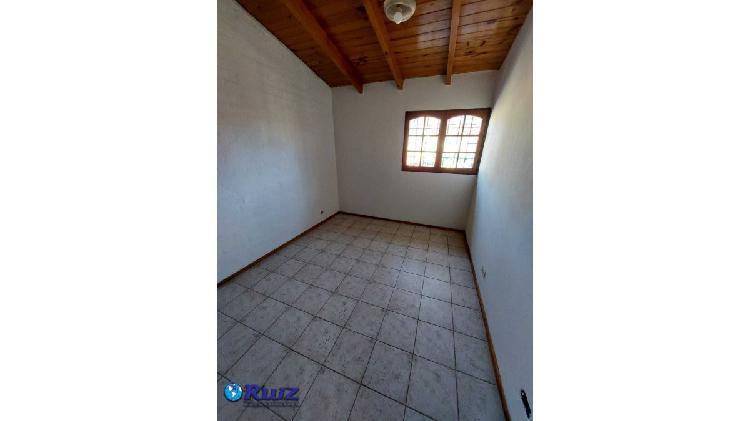Ruiz inmobiliaria alquila departamento en san jose,