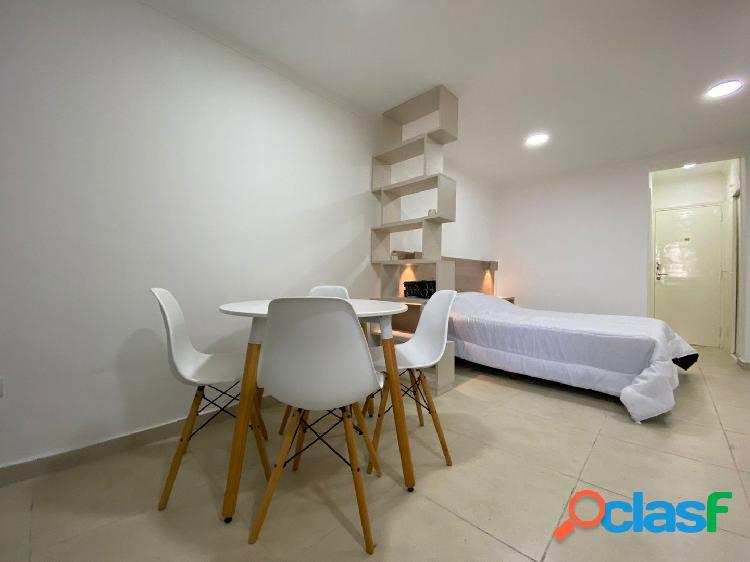 Ambiente c/ balcón en VENTA   RECICLADO Y AMOBLADO 3