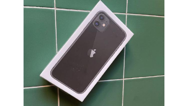 iPhone 11. 128GB. Negro