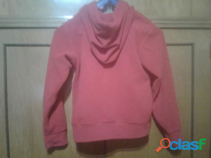 Campera polar con capucha color roja para niños  Marca M y C 1