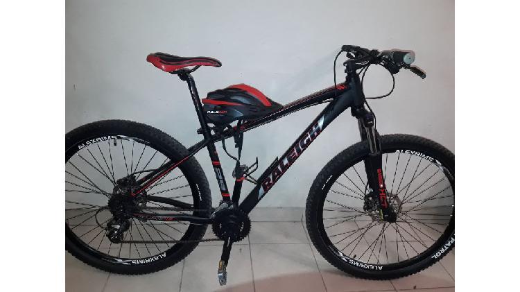 Bicicleta raleigh mojave 4.0 como nueva!