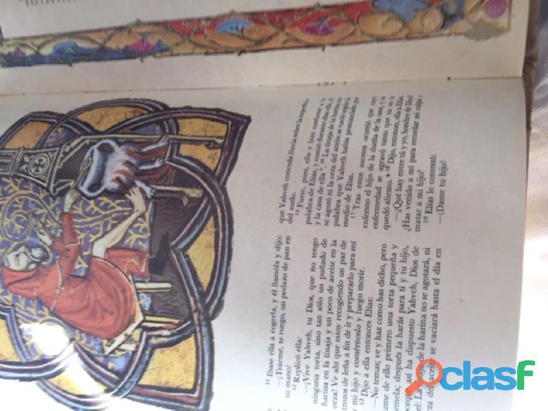colección de 4 tomos de La Biblia 4
