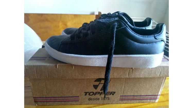 Vendo zapatillas topper casi nuevas!!!