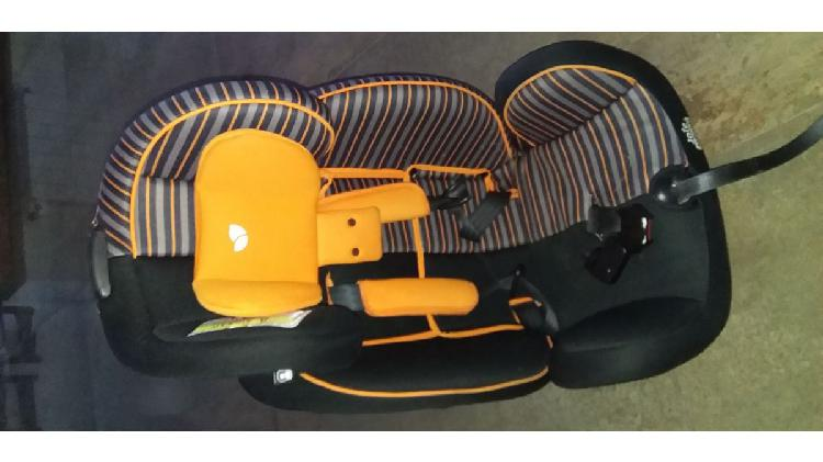 Vendo BUTACA para auto bebé/ niño hasta 25 kilos 3 años